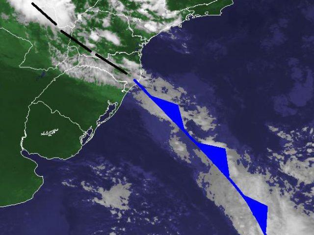 Frente fria traz ventos fortes entre terça e quarta-feira em SC