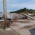 Vendaval provoca danos em várias cidades de Santa Catarina